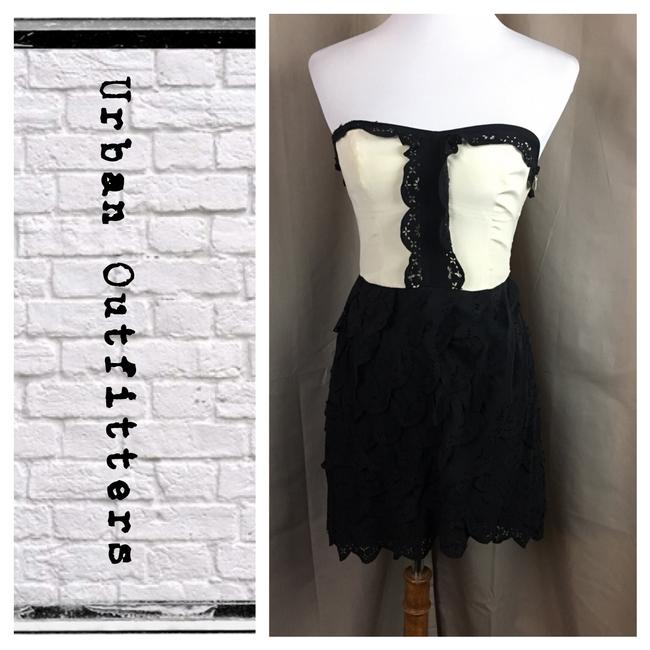 Preload https://item2.tradesy.com/images/urban-outfitters-blackeggshell-strapless-laser-cut-silk-mid-length-cocktail-dress-size-4-s-21546221-0-1.jpg?width=400&height=650