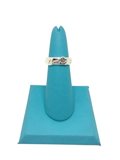 Preload https://item4.tradesy.com/images/tiffany-and-co-sterling-silver-flower-nature-size-55-ring-21546248-0-2.jpg?width=440&height=440