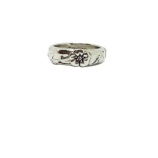 Preload https://item5.tradesy.com/images/tiffany-and-co-sterling-silver-flower-nature-size-55-ring-21546254-0-1.jpg?width=440&height=440
