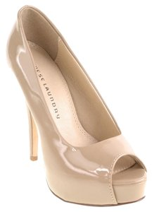 Chinese Laundry Leaher Manmade Sole Taupe/ Nude Pumps