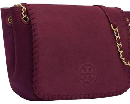 Preload https://img-static.tradesy.com/item/21546563/tory-burch-marion-flap-shoulder-wine-suede-leather-tote-0-1-540-540.jpg