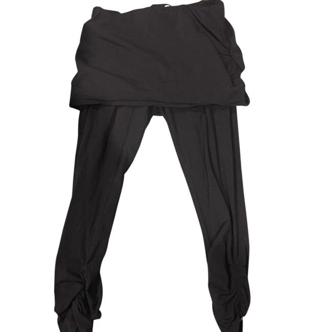Preload https://img-static.tradesy.com/item/21546611/lucy-black-with-skirt-attached-activewear-leggings-size-8-m-0-1-650-650.jpg