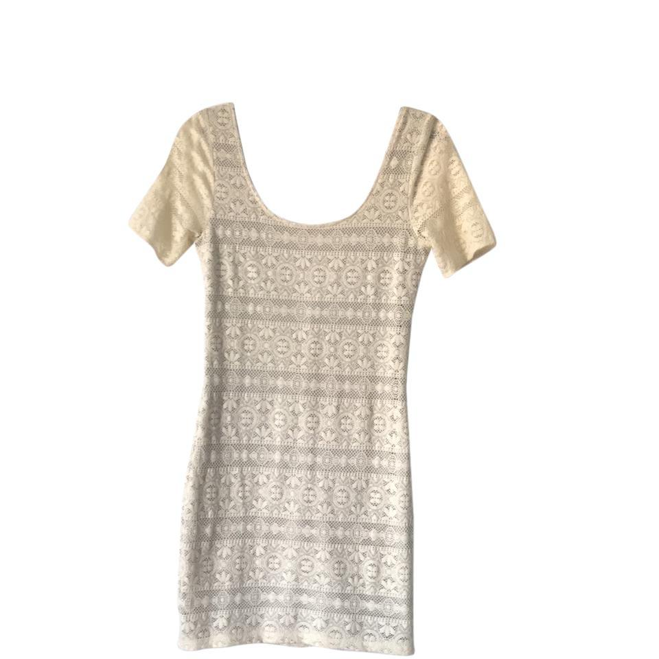 Abercrombie & Fitch Cream Rn: 75654 Mid-length Short Casual Dress ...
