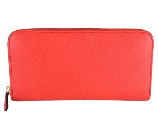 Preload https://item5.tradesy.com/images/gucci-coral-red-women-s-textured-leather-zip-363423-6511-wallet-21546789-0-0.jpg?width=440&height=440