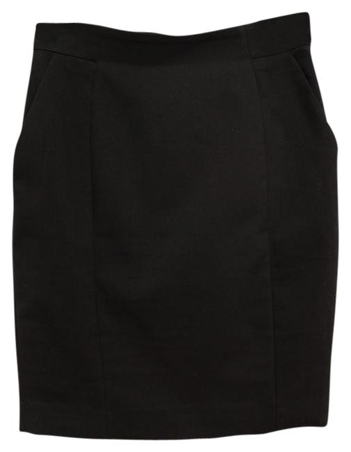 Preload https://item5.tradesy.com/images/h-and-m-black-business-miniskirt-size-6-s-28-21546829-0-1.jpg?width=400&height=650