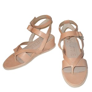 LD Tuttle Wedge Strappy Pale Bisque Sandals