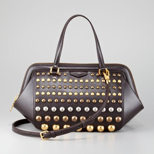 Preload https://item2.tradesy.com/images/marc-by-marc-jacobs-thunderdome-studded-brown-leather-satchel-21547671-0-0.jpg?width=440&height=440