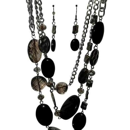 Preload https://item3.tradesy.com/images/na-necklace-21547982-0-3.jpg?width=440&height=440