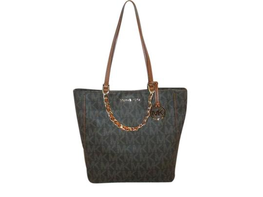 Preload https://item1.tradesy.com/images/michael-kors-harper-large-ns-mk-signature-monogram-logo-tote-satchel-hobo-brown-pvc-shoulder-bag-21548075-0-2.jpg?width=440&height=440