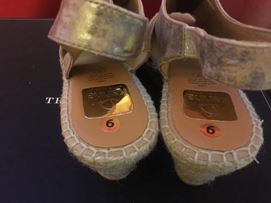 Kanna Gold Leather Wedges
