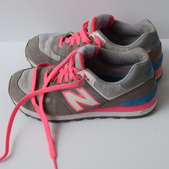 New Balance pink & gray Athletic