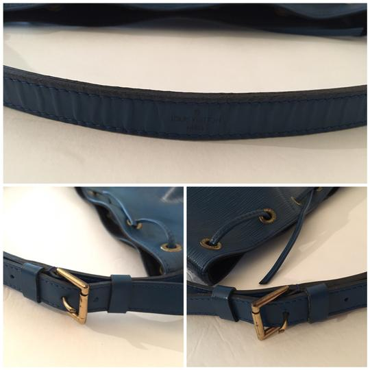 Louis Vuitton Lv Epi Petit Noe Shoulder Bag