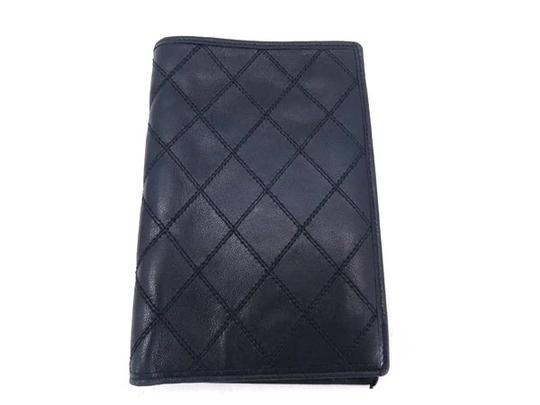 Preload https://item2.tradesy.com/images/chanel-navy-quilted-blue-lambskin-218353-wallet-21549201-0-0.jpg?width=440&height=440