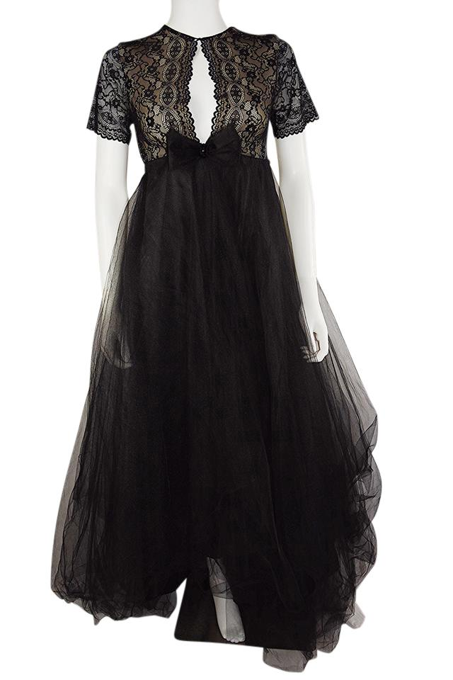 Lisa Nieves Black Lace And Tulle Prom Tulle Gown Short Sleeve Long Formal Dress Size 6 S 83 Off Retail