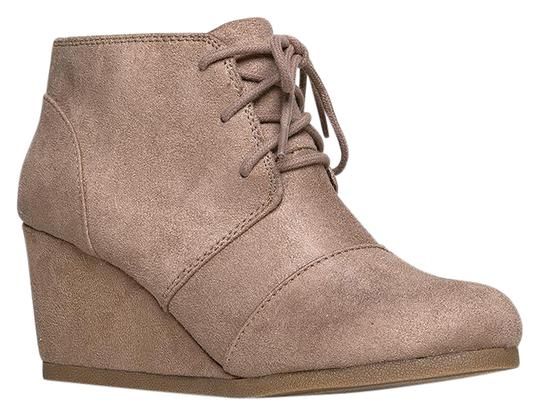 Preload https://item1.tradesy.com/images/j-adams-light-taupe-isu-roxy-wedge-ankle-bootsbooties-size-us-8-regular-m-b-21549420-0-1.jpg?width=440&height=440