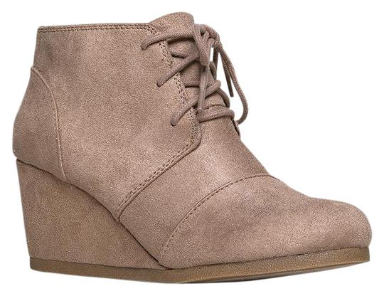 Preload https://item1.tradesy.com/images/j-adams-light-taupe-isu-roxy-wedge-ankle-bootsbooties-size-us-9-regular-m-b-21549430-0-1.jpg?width=440&height=440