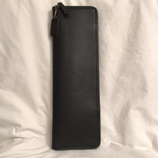 Preload https://img-static.tradesy.com/item/21549878/coach-black-men-s-vintage-leather-travel-tie-case-0-0-540-540.jpg