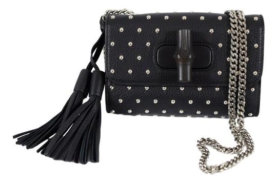 Preload https://img-static.tradesy.com/item/21550120/gucci-cellarius-con-borchie-387612-black-leather-cross-body-bag-0-0-540-540.jpg