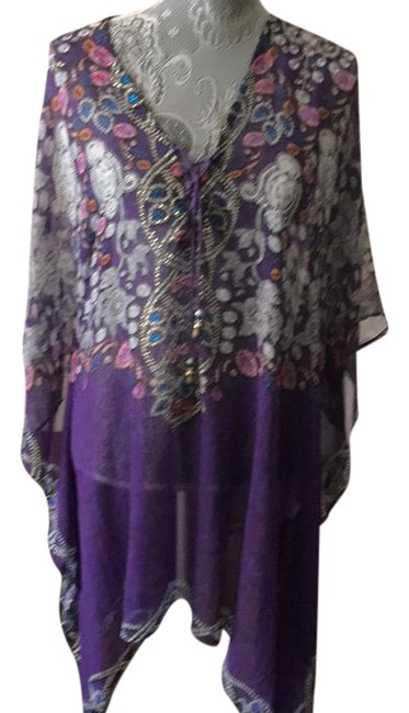 Preload https://item3.tradesy.com/images/purple-dominican-tunic-size-12-l-21550192-0-1.jpg?width=400&height=650