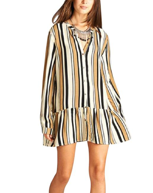 Preload https://item3.tradesy.com/images/striped-short-casual-dress-size-6-s-21550327-0-1.jpg?width=400&height=650