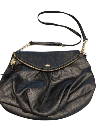 Preload https://item1.tradesy.com/images/juicy-couture-shouldercross-black-faux-leather-with-gold-hardware-cross-body-bag-21550560-0-1.jpg?width=440&height=440