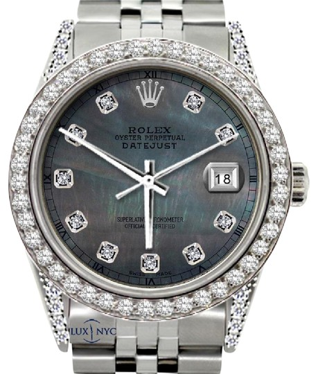 Preload https://img-static.tradesy.com/item/21550598/rolex-5ct-36mm-men-s-datejust-with-box-and-appraisal-watch-0-1-540-540.jpg