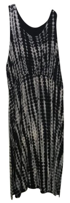 Preload https://img-static.tradesy.com/item/21551983/black-gray-and-white-long-casual-maxi-dress-size-28-plus-3x-0-1-650-650.jpg