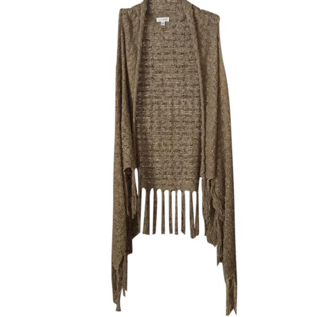 Preload https://item3.tradesy.com/images/charming-charlie-beige-cardigan-size-10-m-21552102-0-1.jpg?width=400&height=650