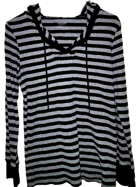 Preload https://item4.tradesy.com/images/calvin-klein-black-and-gray-performance-line-sweaterpullover-size-12-l-21552463-0-3.jpg?width=400&height=650
