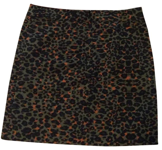 Preload https://img-static.tradesy.com/item/21552502/h-and-m-green-rust-black-cheetah-leopard-mini-fitted-skirt-size-6-s-28-0-1-650-650.jpg