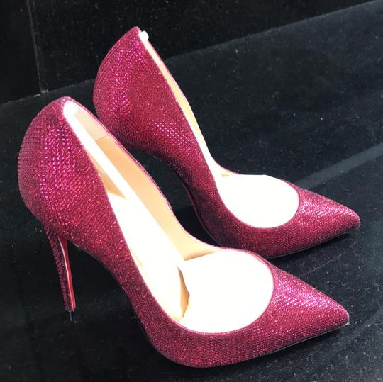 Christian Louboutin pink Pumps