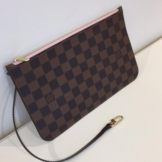 Louis Vuitton Neverfull Neverfull Mm Pouchette Pochette Pink Clutch