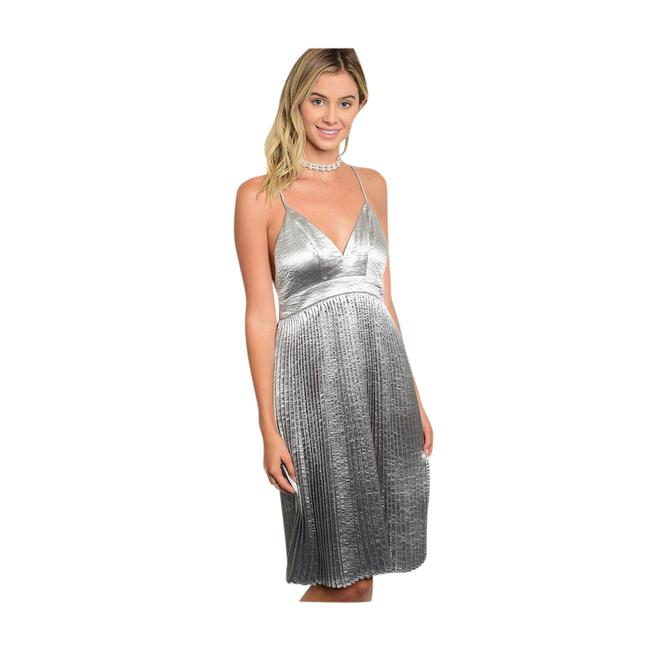 Preload https://item4.tradesy.com/images/silver-new-satin-pleated-mini-short-night-out-dress-size-6-s-21552788-0-1.jpg?width=400&height=650