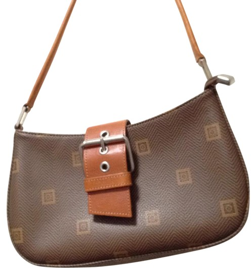 Preload https://item3.tradesy.com/images/brown-leather-and-coated-logo-canvaslogo-lined-shoulder-bag-21553007-0-1.jpg?width=440&height=440