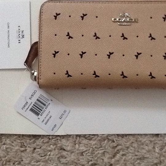 Coach Coach Perforated butterfly Leather Accordion wallet