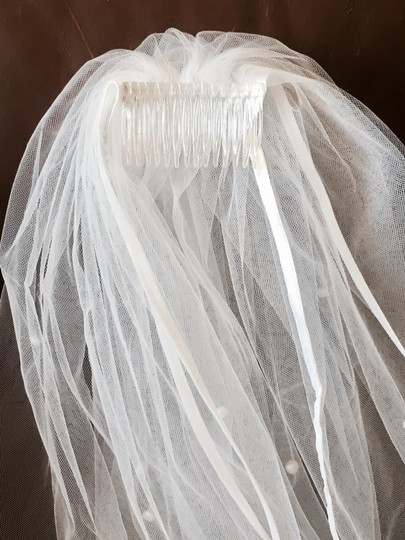 White Long Satin Trimmed with Fresh Water Pearls Bridal Veil