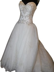 Casablanca Ivory/Ivory/Silver 2158 Wedding Dress Size 10 (M)