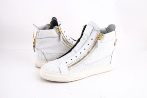 Preload https://item3.tradesy.com/images/giuseppe-zanotti-white-croc-embossed-high-top-sneakers-shoes-21553582-0-0.jpg?width=440&height=440