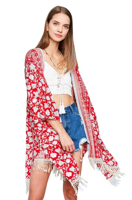 Preload https://item2.tradesy.com/images/red-mix-floral-print-kimono-cardigan-size-6-s-21554011-0-1.jpg?width=400&height=650