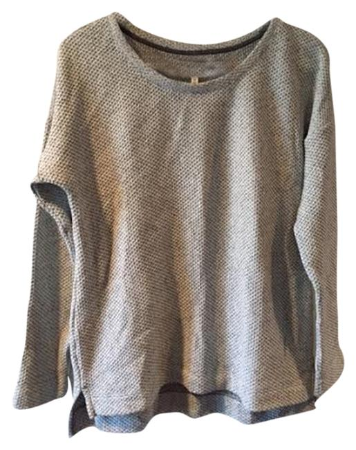 Preload https://img-static.tradesy.com/item/2155404/ann-taylor-loft-light-grey-sweater-0-0-650-650.jpg