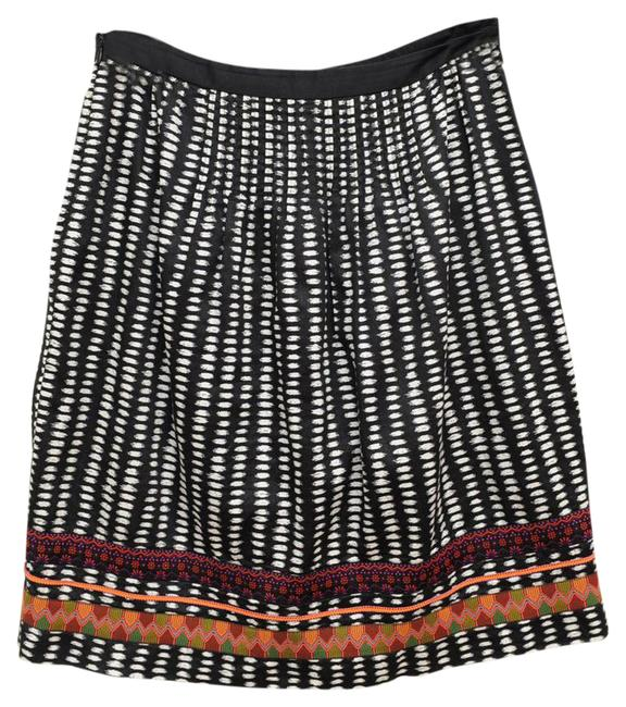 Preload https://item1.tradesy.com/images/anthropologie-white-and-black-flattering-tribal-with-details-on-the-knee-length-skirt-size-4-s-27-21554335-0-1.jpg?width=400&height=650