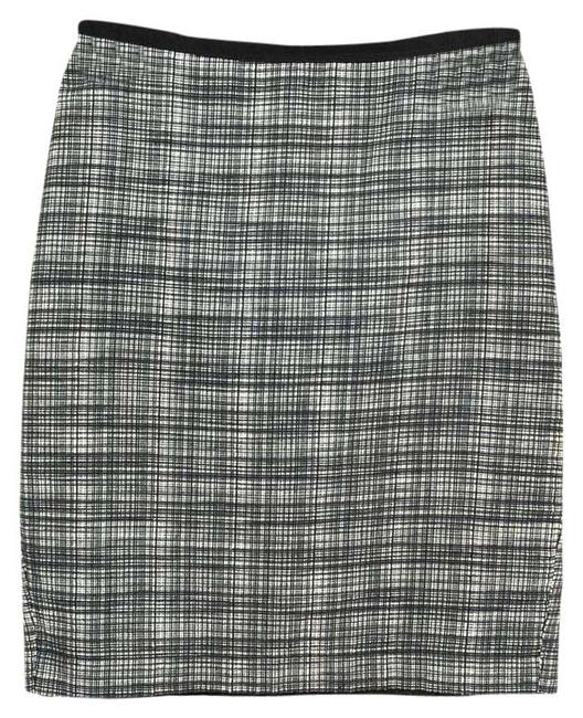 Preload https://item2.tradesy.com/images/gray-and-black-business-pencil-knee-length-skirt-size-4-s-27-21554461-0-1.jpg?width=400&height=650