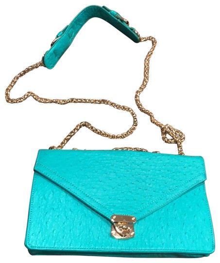 Preload https://img-static.tradesy.com/item/21554476/justfab-with-gold-chain-seafoam-faux-leather-shoulder-bag-0-4-540-540.jpg
