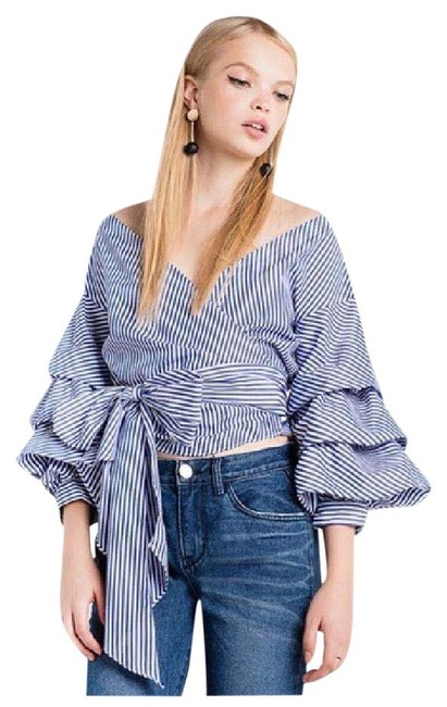 Preload https://item1.tradesy.com/images/blue-and-white-stripe-puff-sleeve-wrap-da33-blouse-size-12-l-21554630-0-1.jpg?width=400&height=650
