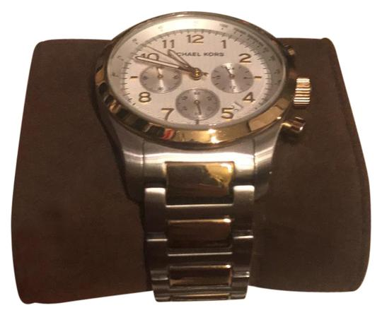Preload https://item4.tradesy.com/images/michael-kors-silver-and-gold-watch-21554968-0-1.jpg?width=440&height=440