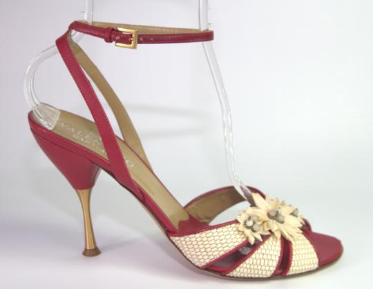 Preload https://item4.tradesy.com/images/valentino-red-floral-heel-sandals-pumps-size-us-10-regular-m-b-21555793-0-2.jpg?width=440&height=440