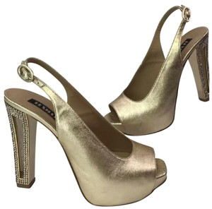 Le Silla gold Platforms