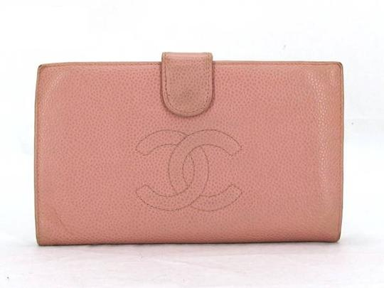 Preload https://img-static.tradesy.com/item/21555948/chanel-pink-caviar-cc-logo-long-219342-wallet-0-1-540-540.jpg