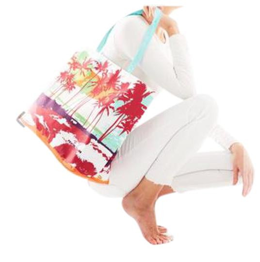 Preload https://img-static.tradesy.com/item/21556513/tropic-summer-multicolor-canvas-tote-0-1-540-540.jpg