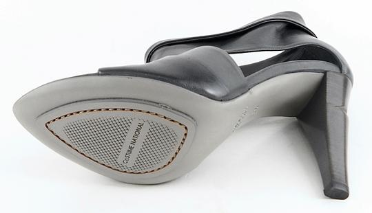 CoSTUME NATIONAL Leather Designer Cut Out Graphite Pumps
